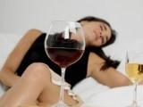 Bere alcol aumenta insonnia