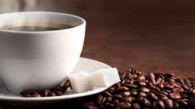 Vivere cento anni grazie ad un tipo di caffè, si può fare