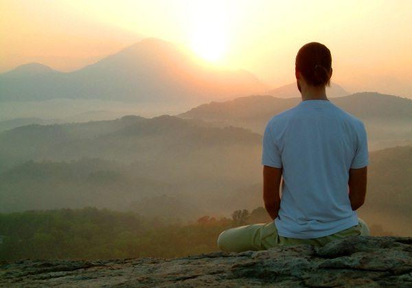 Osservare il respiro: come fare meditazione, svuotare la mente e aumentare il benessere
